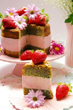 recetario-reto-disfruta-fresa-fresas-13-recetas-dulces-tarta-pistachos-chocolate-blanco