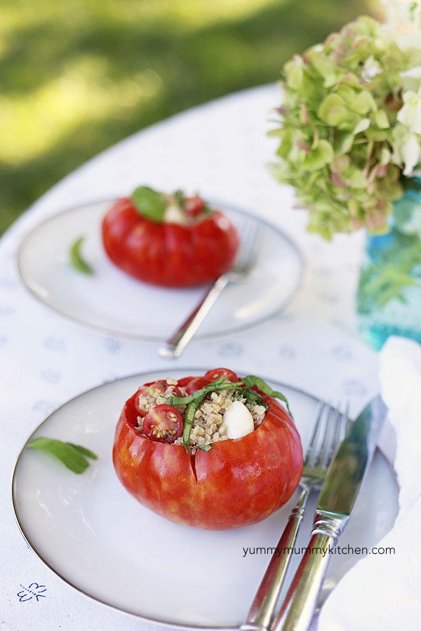 caprese quinoa stuffed tomatoes