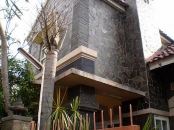 Rumah Minimalis Batu Alam Tampak Depan