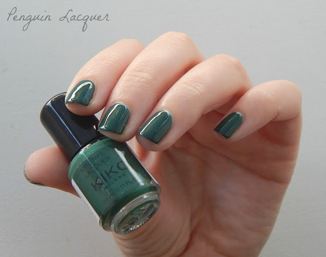 kiko mini nail lacquer 32 forest green
