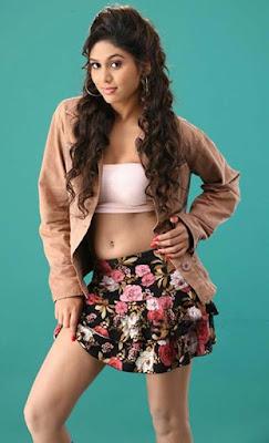 Actress Manisha Yadev Latest sexy Navel pictures