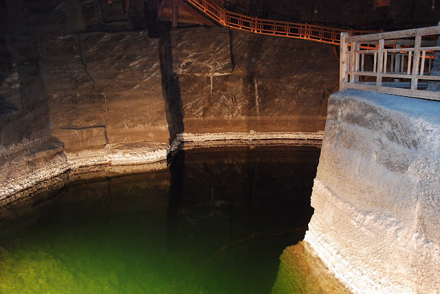 le lac souterrain de la chambre Weimar, à 110 mètres sous la surface