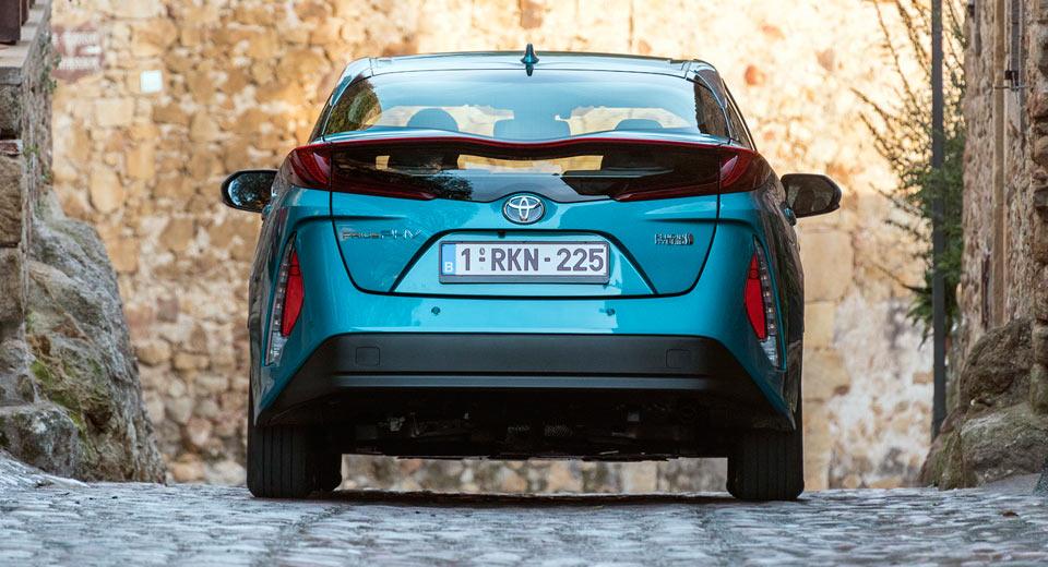 Toyota-EV-Solid-State-Batteries-4-.jpg