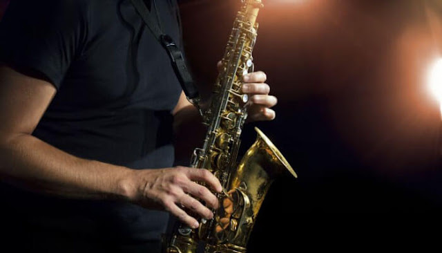 Learn How to Play the Saxophone