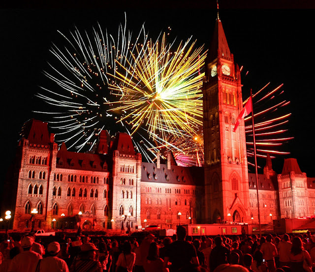 Happy Canada Day 2016, Canada Day Fireworks, Canada Independence Day 2016, Canada Day Images, Canada Day Pictures, Canada Day Celebrations, Canada Day Events, Canada Day Challenge 2016, Fete Du Canada, Majors Hill Park, Parliament Hill,
