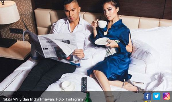 Nikita Willy Posting Foto Diatas Ranjang Dengan Pacarnya