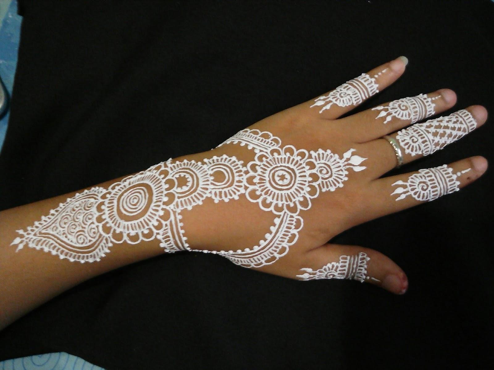 Gambar White Henna Balehenna
