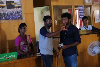 Enakku Vaaitha Adimaigal Tamil Movie Working Stills  0016.JPG