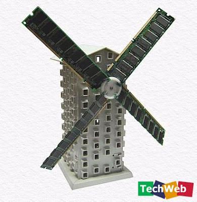molino de viento hecho  con partes de computadoras recicladas