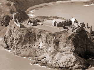 Aerial image of Dunnottar Castle, attributed to Roger Wollstadt, use by Creative Commons licensing.