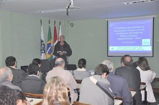 """Professor Alcides Pissinati, do curso de Medicina Veterinária, falou sobre """"História e Situação Atual da CEUA/UNIFESO"""""""