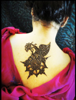 Pretty Neck Back Mehndi Design