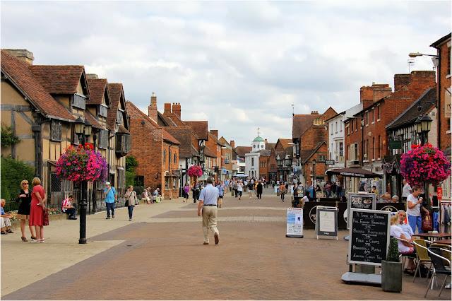 cidade onde viveu Shakespeare