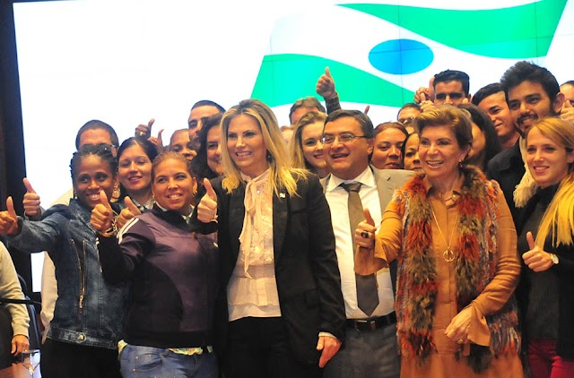 Paraná recepciona 34 médicos cubanos