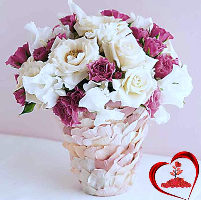 jarrones decorados con rosas