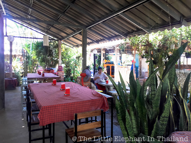 Restaurants in Sila Phet, Thailand