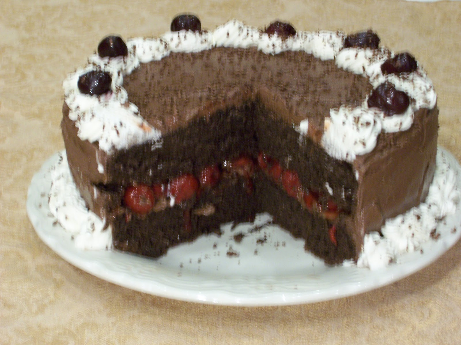 Delicious Low Sugar Cake Recipes: Delicious Low Carb Recipes: Low Carb Black Forest Cake