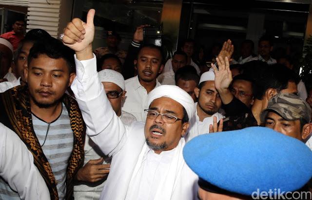 Ini Penyebab Saudi Cekal Habib Rizieq Shihab