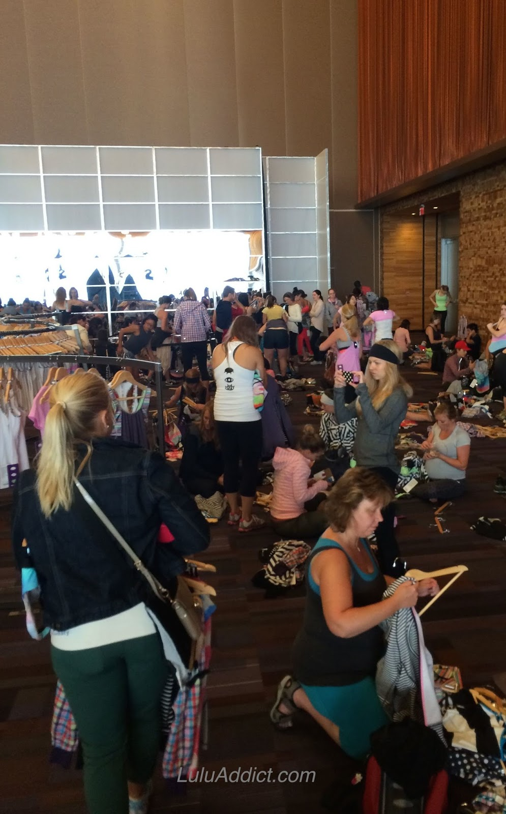 lululemon sea wheeze marathon expo