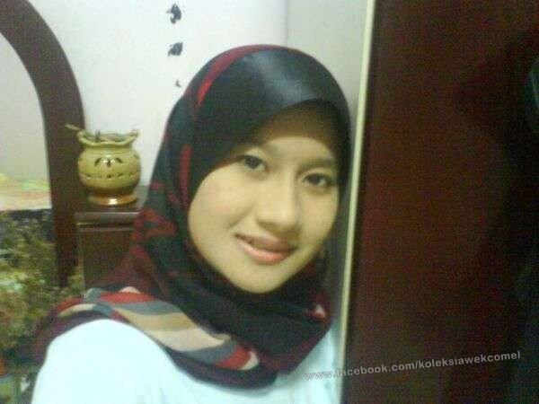 Malay awek tudung merah bj dalam semak - 2 4