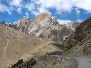 Journey through Dras - Second Coldest Place in the World
