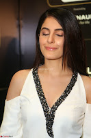 Isha Talwar Looks super cute at IIFA Utsavam Awards press meet 27th March 2017 45.JPG