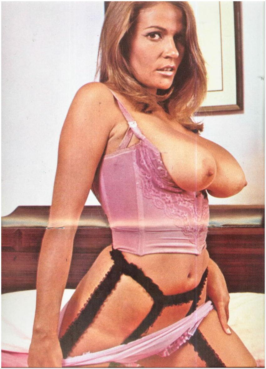 Linda blair linnea quigley suzee slater savage streets - 20 part 9