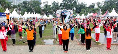 Ketua YJI Sumut Gelar  Senam Jantung Sehat di Merdeka Walk