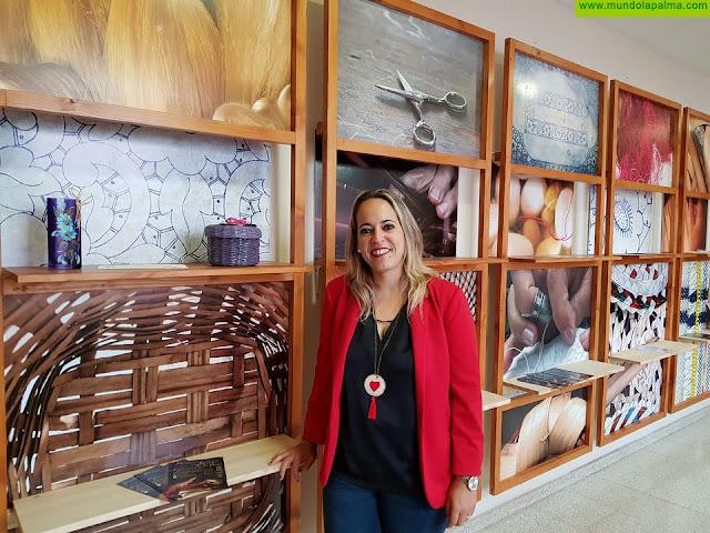 El Cabildo impulsa un proyecto para fomentar la creatividad artesanal y las tradiciones entre escolares a través de talleres y una muestra