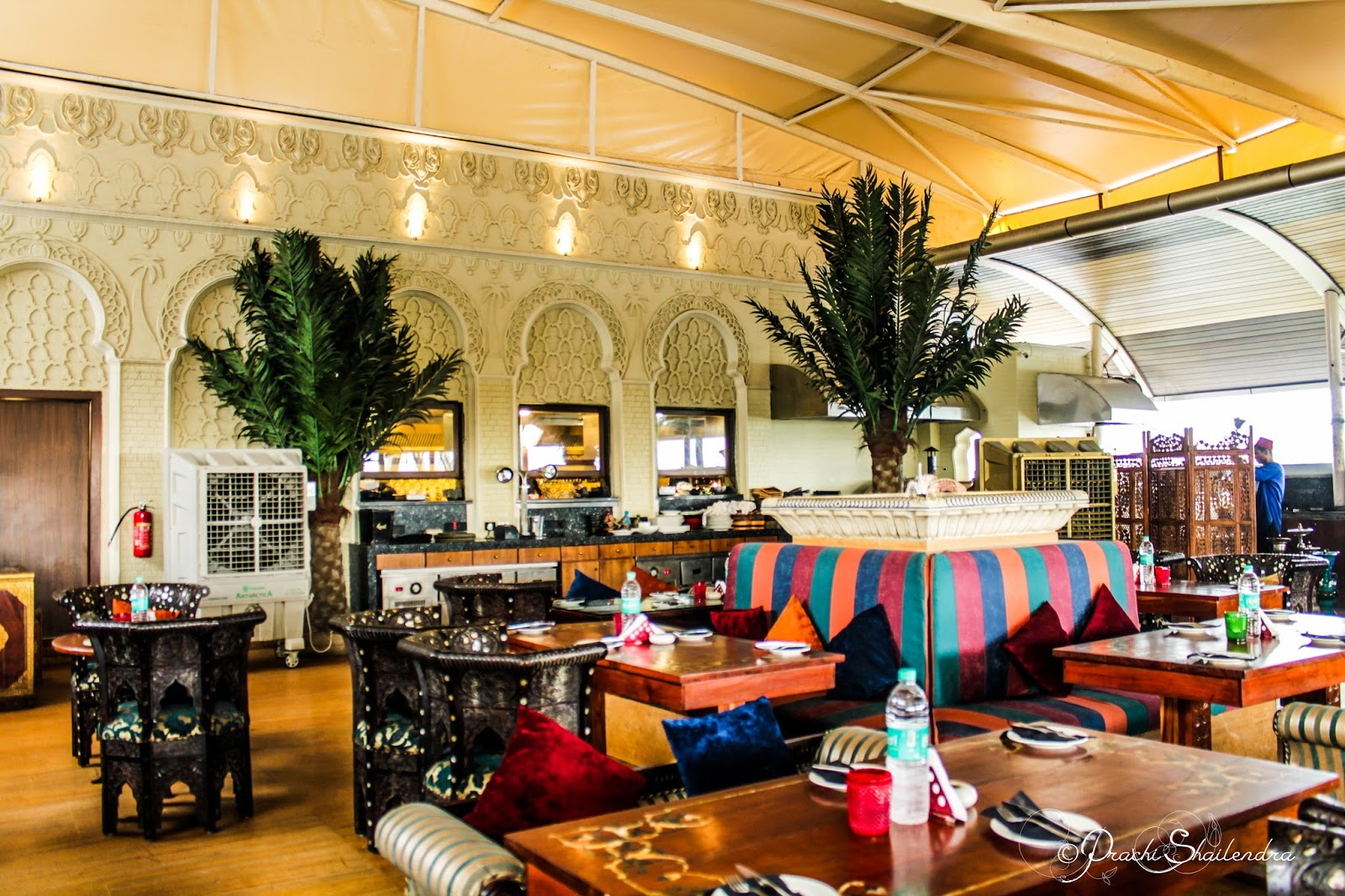 A beautiful life opa bar cafe the peninsula grand for Food bar sakinaka