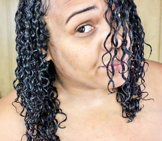 Frizzy Curls That Won't Cooperate? Try Wonder Curl!