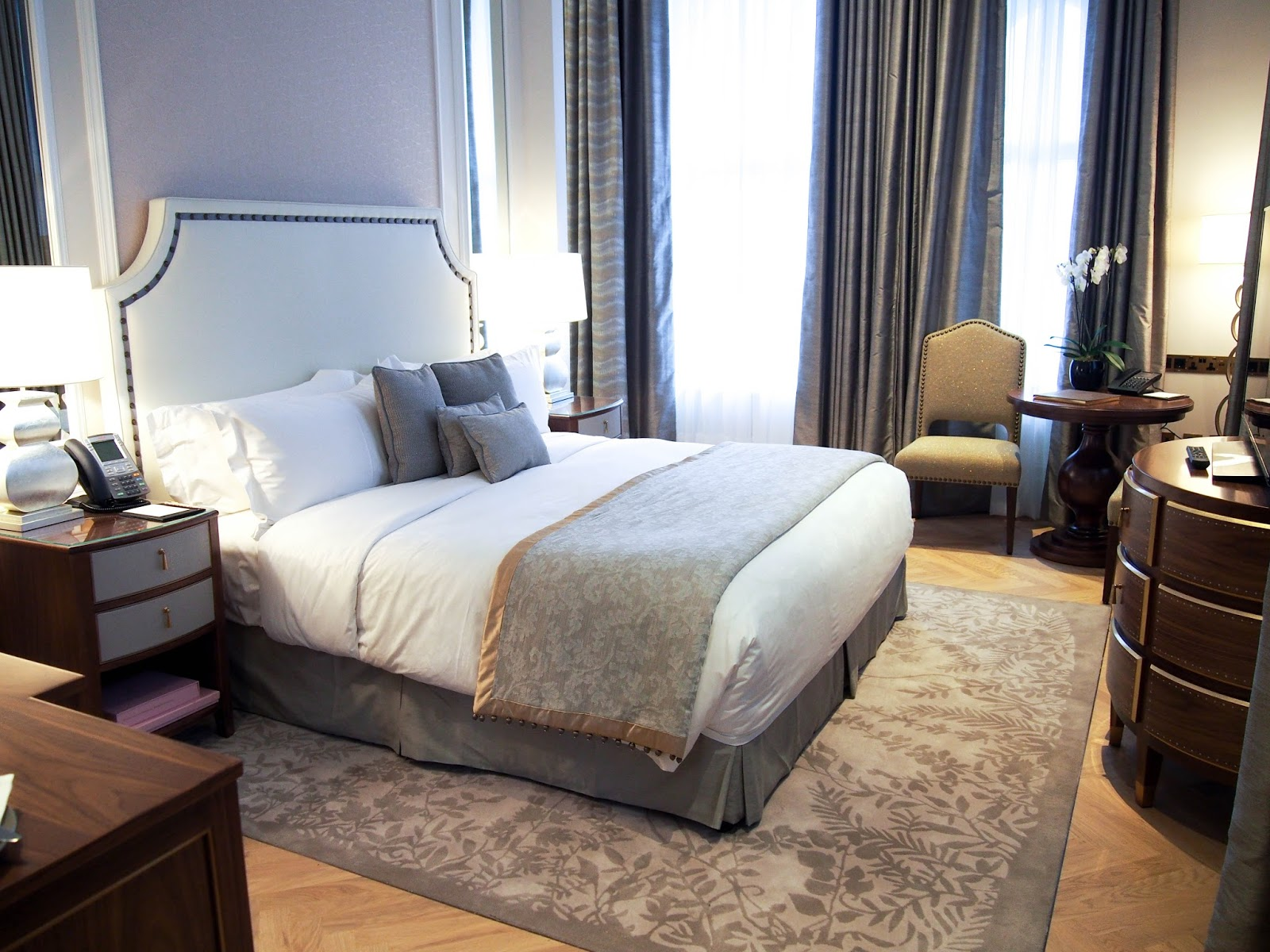 The Langham Room Service Menu