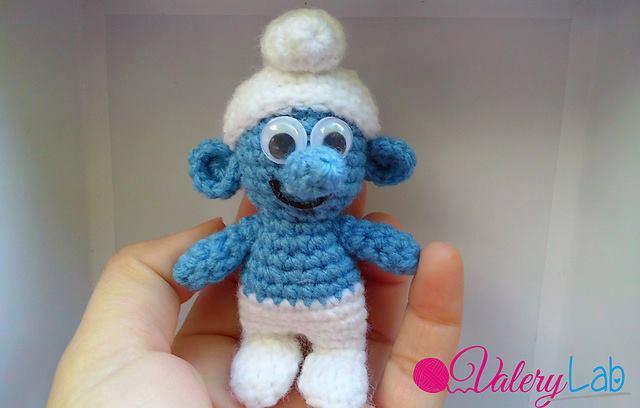 Amigurumi Freely: Small Smurf
