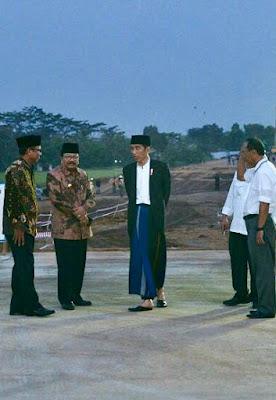 Presiden Jokowi Tinjau Ruas Tol Gempol-Pasuruan Seksi 2 - Info Presiden Jokowi Dan Pemerintah