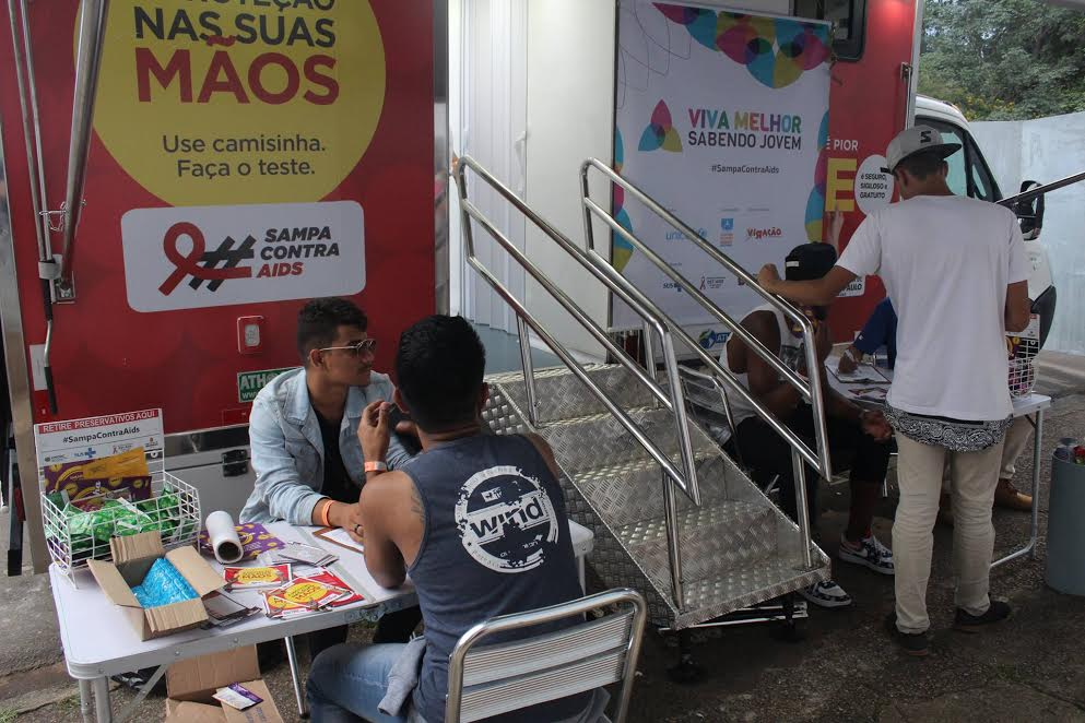 Projeto realiza testes de HIV gratuitamente no Largo do Arouche