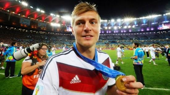 1b182b42cee Toni Kroos é escolhido o melhor jogador alemão da Copa do Mundo de 2014 no  Brasil