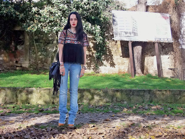 fashion, moda, look, outfit, blog, blogger, walking, penny, lane, streetstyle, style, estilo, trendy, rock, boho, chic, cool, casual, ropa, cloth, garment, inspiration, fashionblogger, art, photo, photograph, Avilés, asturias, zara, stradivarius, bershka, jeans, tulle, tul