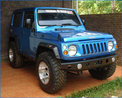 Terjual Suzuki JIMNY TREPES 4x4 -- 84' Full Modifikasi ...