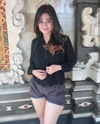 Wah foto skandal Viona Fadrin JKT48 salkus vivi graduation