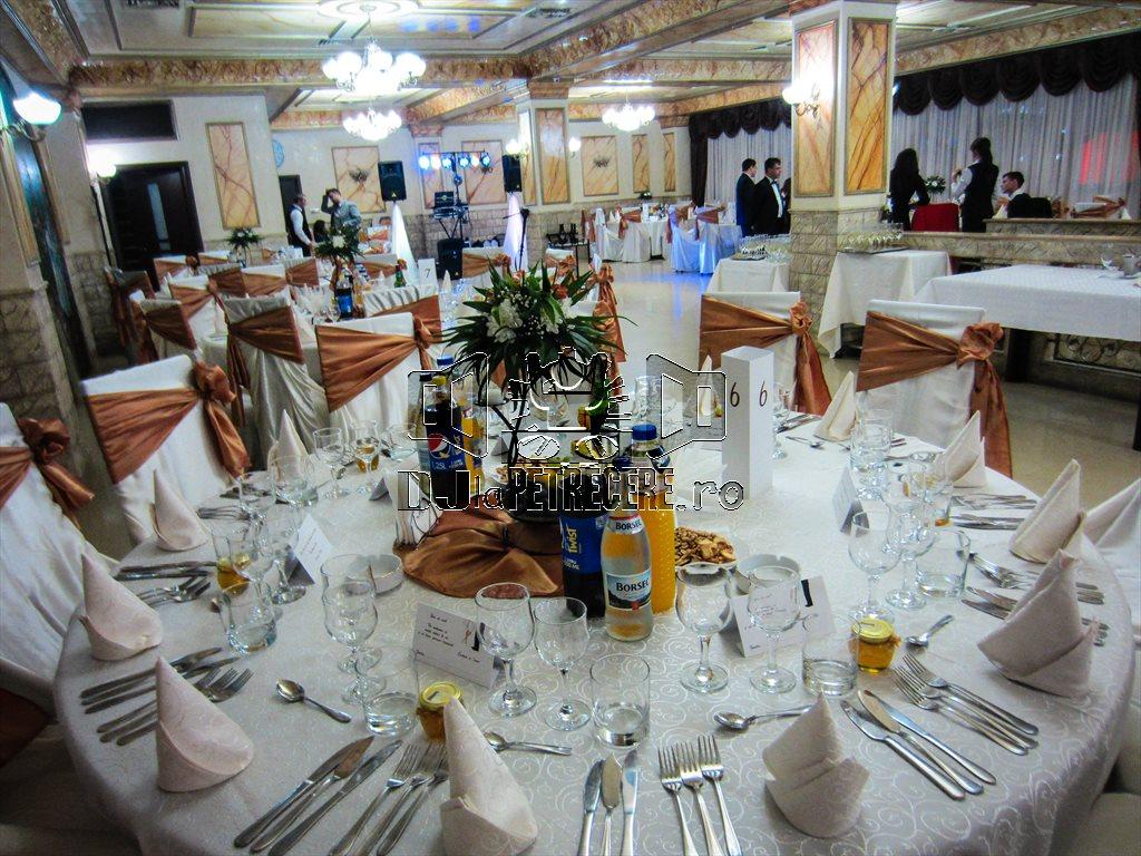 Nunta La Casa Zorilor Dj Mc Cristian Niculici
