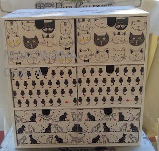 Kolejna szafeczka 6 szufladek -koty
