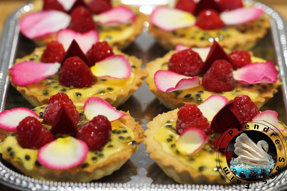 Tartelettes passion, framboises, rose de Christophe Adam (pas à pas en photos)