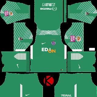 sanfrecce-hiroshima-nike-dream-league-soccer-kits-2018-%2528goalkeeper-home%2529