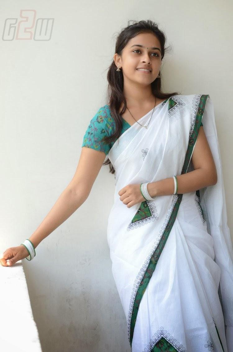 South Actress Hot Pics South Actress Sri Divya Latest -9849