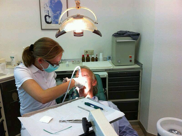 dentist, cleaning teeth