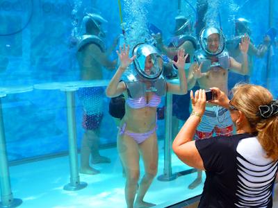 clear lounge underwater cozumel