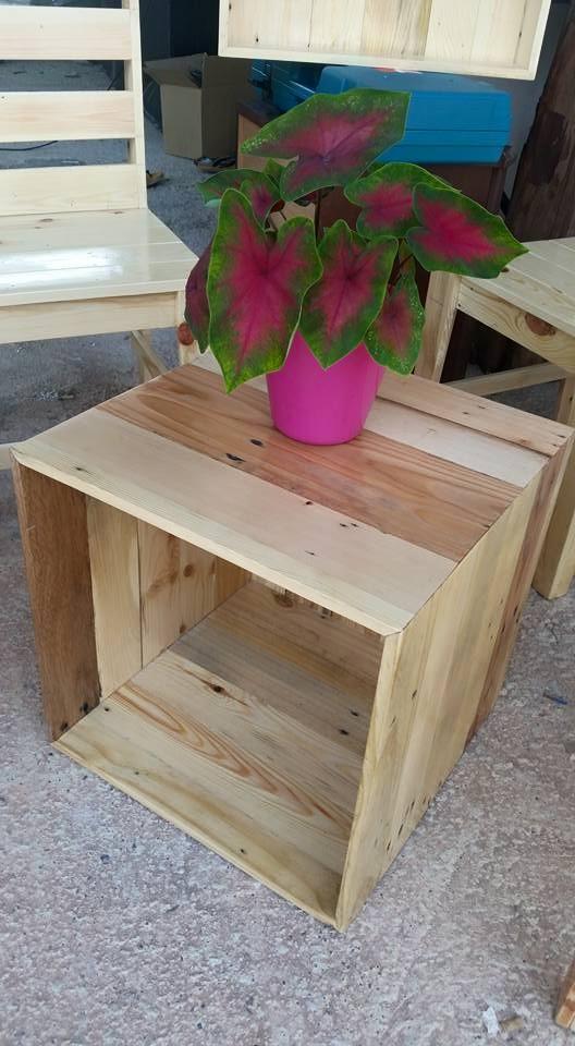 Kayu Warisan Malaysia Perabut Dan Bekalan Pallet Pine Wood
