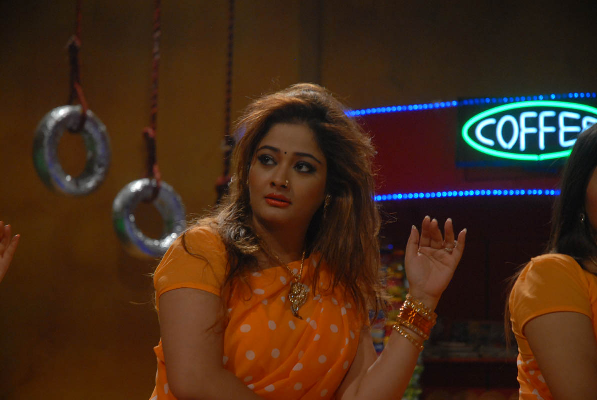 DEWI MONTOK: Kiran Rathode Spicy Stills