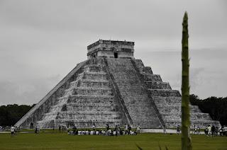 Pyramide des Mayas à Chichén Itzá