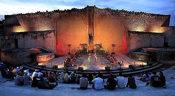 Amphitheatre - Garuda Wisnu Kencana